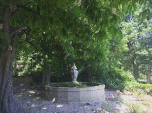 Rognes village- Château Barbebelle-5